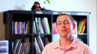 preview picture of video 'Biblioteca Comunitaria Dr. William House'