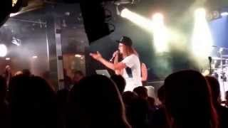 Jukka Poika - Viestii (Live)