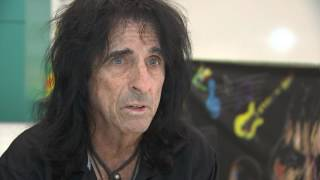 Interview With <b>Alice Cooper</b> On Late Musician Glen Campbell