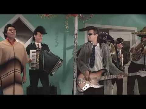10 - Desconsolado - Leningrad Cowboys Go America [***VIDEO CUTE***]
