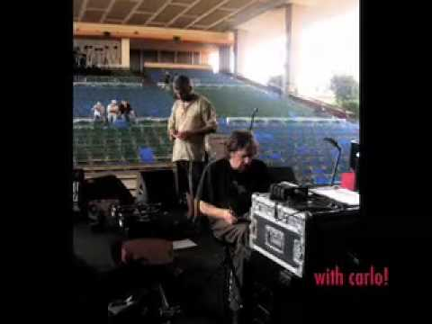 Marcus Wyatt and language 12 in Luanda , Angola 2009