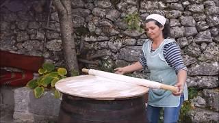 Хорватская кухня - полички сопарник. Омиш, Хорватия