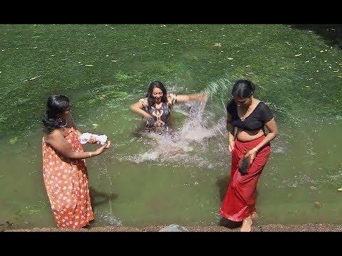 ഇവിടുത്തെ ആണുങ്ങൾക്കു വേറെ പണിയൊന്നുമില്ല പെണ്ണെ   malayalam movie clip