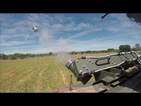 Brasil e Iveco evalúan el sistema de lanzamiento de granadas de humo del vehículo VBMT-LR 4x4