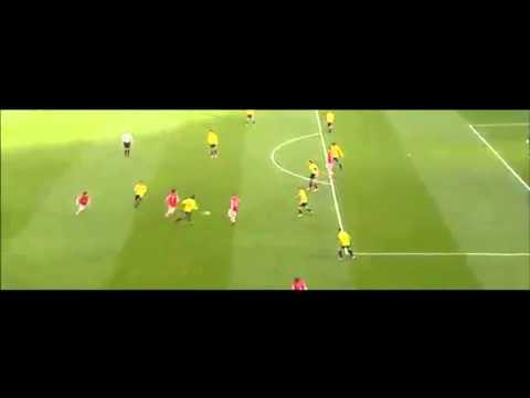 Pha phối hợp ăn ý của các cầu thủ Arsenal