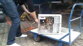 Mấy chục năm rồi mới vệ sinh cái máy tính :))