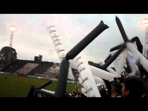 """Recibimiento increible - Chaco for ever"" Barra: Los Negritos • Club: Chaco For Ever"