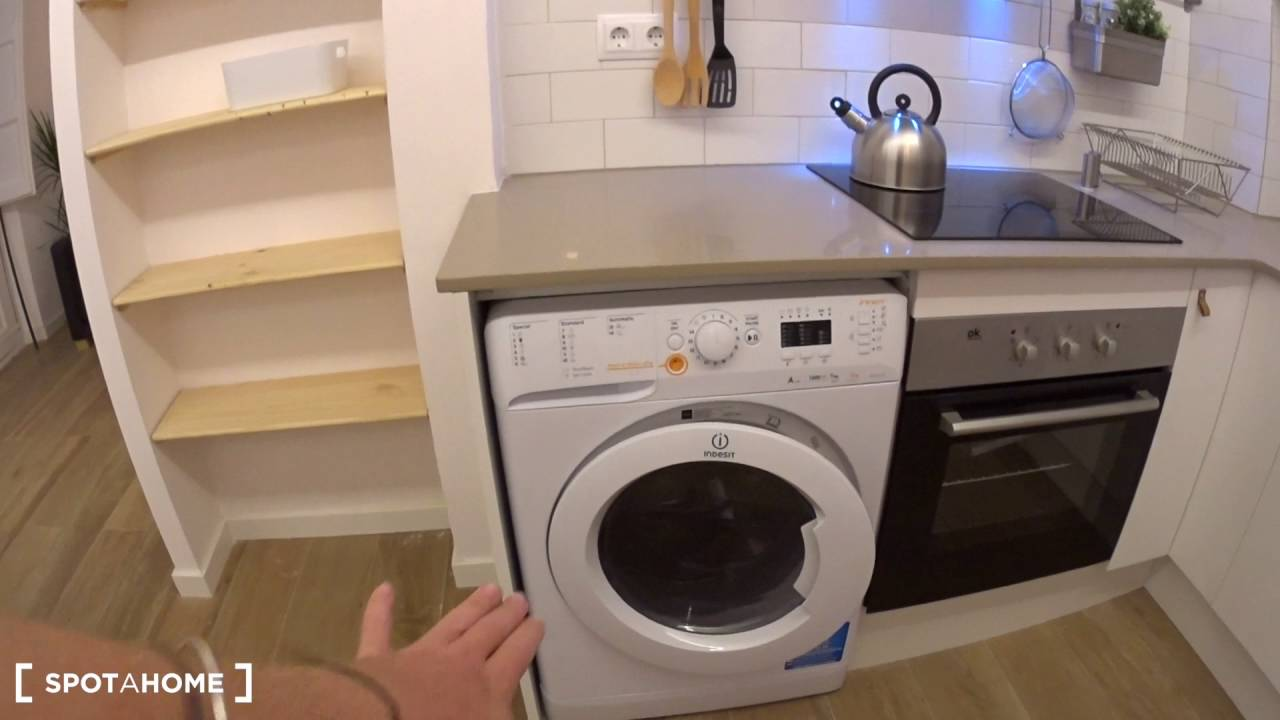 Renovated 1-bedroom apartment for rent in El Born