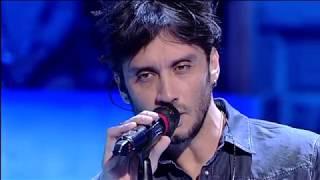 """Fabrizio Moro   """"Portami Via""""   Live In Amici"""