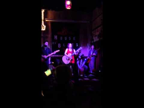 Samantha Aiken House of Blues clip