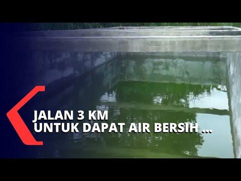 Warga Harus Berjalan 3 KM Untuk Dapatkan Air Bersih