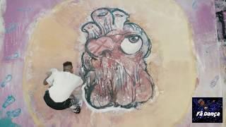 Chris Brown - High End (RapCaviar VERSION DANCING) dances with paint | Fã dança