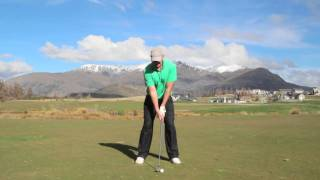 preview picture of video 'Millbrook Resort: Golf Lessons - The correct sequence for your downswing'