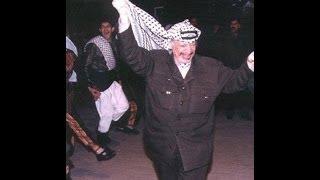 ياسر عرفات أبوعماروهو يرقص الدبكة باليمن سنة 1988