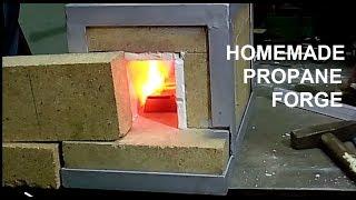 Homemade propane forge for blacksmithing/Gazowy piec kowalski