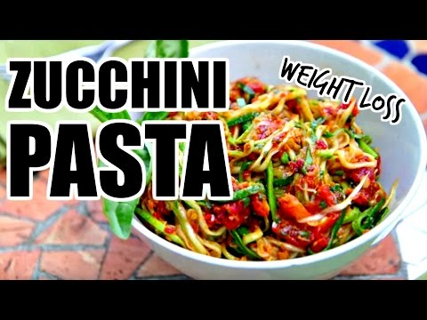 Video Easy Zucchini Noodles Recipe + Healthy Pasta Sauce   Healthy Dinner Ideas