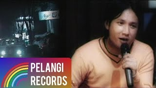 Caffeine - Hidupku Kan Damaikan Hatimu (Acoustic Version) |  (Official Music Video)