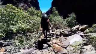 Canyoning I Karijini National Park