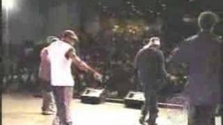 SEAP JAM MINI CONCERT TOUR 2002:  3rd STOREE