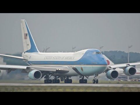 Air Force One Take-off at Munich Airport USA United States of America G7 Summit Barack Obama