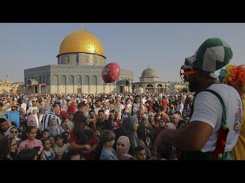 Χιλιάδες πιστοί στο τέμενος Αλ Ακσά