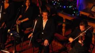 "Johnny Reid, ""Waiting for Christmas""    027     2013 19 12"