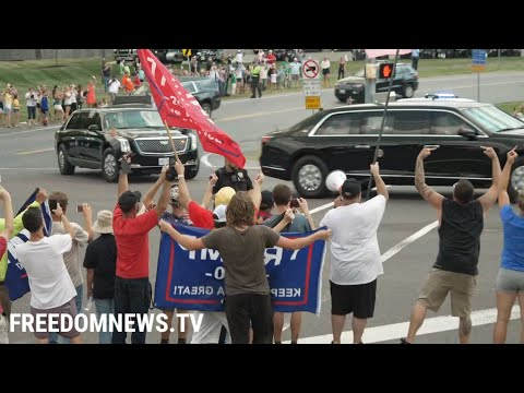 Biden Motorcade Greeted by Jeers and Middle Finger Salutes Arriving in Pennsylvania, VIDEO