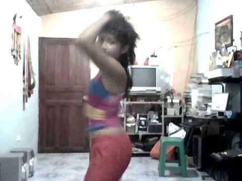 Mariel bailando sexy :D