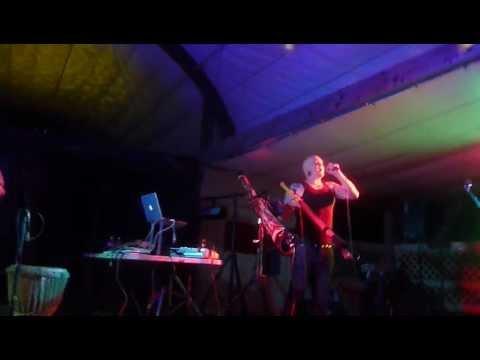 Eric Mandala Live with Ganga Giri @ Indidjinus Festival 2012