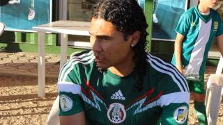 preview picture of video 'Videos del Club León F.C. - Entrevista Carlos 'el Gullit' Peña'