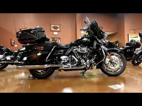 2013 Harley-Davidson CVO™ Ultra Classic® Electra Glide® 110th Anniversary Edition in Mauston, Wisconsin - Video 1