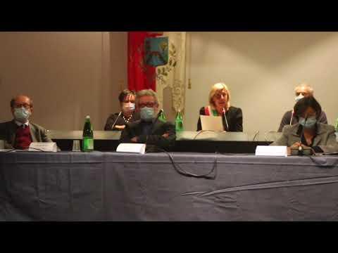 Il sindaco Cerini giura in consiglio comunale a Castellanza