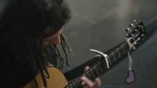 Video Živá ulice Live Session: Tomáš J. Holý - But Then I Met You