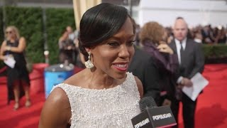 TV Stars Play the Act Fast Challenge at the 2015 Emmys