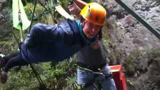 preview picture of video 'Ziplining at over 100km/h in Banos, Ecuador!'