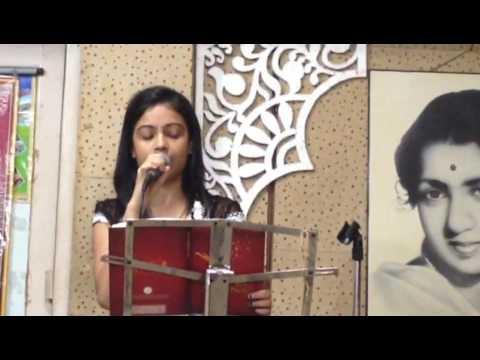 Song :- Jane kyu log mohabbat kiya karte hain  (cover) Asha Mishra