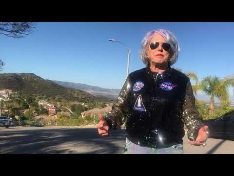 NASA LIVE LADY ROCKET