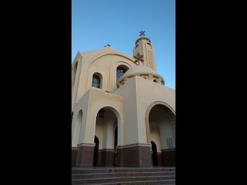 Исповедь в церкви в вечернее время