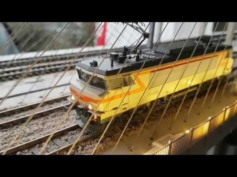 Train Ho XXX