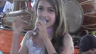 Putri Kristya KMB - Karna Su Sayang (Cover)
