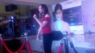 Donna Cruz sings 'HULOG NG LANGIT' @ SM City Las Pinas ❤