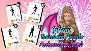 Avakin Life | Gifting Random People Animation Sets!