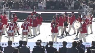 横浜消防出初式2016 消防音楽隊ドリル演技