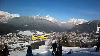 preview picture of video 'Helicopter Ambulance is landing in Seefeld (Tirol, Austria)'
