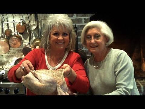 Paula Deen Deep-Fries a Thanksgiving Turkey