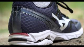 Mizuno Wave Rider 19 Women's Running Shoes video