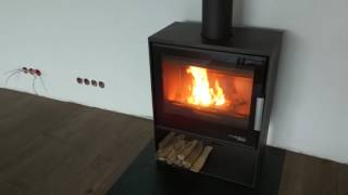 Кафельная печь камин на дровах Haas+Sohn Skive-C ( Черная ), изразцовая  печь , каминофен від компанії House heat - відео 1