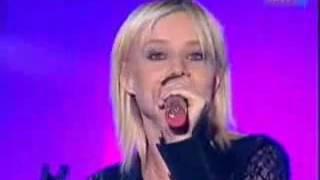 Mindenki Mást énekel - Völgyesi Gabi - Elpattant Egy Húr
