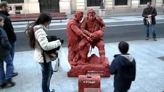 Madrid - living statue