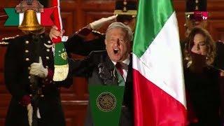 El presidente López Obrador encabeza el grito de independencia desde Palacio Nacional.   COMENTA ESTE VIDEO Y COMPARTELO CON TUS AMIGOS  Para más información entra: http://www.youtube.com/excelsiortv  No olvides dejarnos tus comentarios y visitarnos en Facebook: https://www.facebook.com/ExcelsiorMex Twitter: https://twitter.com/Excelsior_Mex Sitio: http://www.excelsior.com.mx/tv   Suscríbete a nuestro canal: https://www.youtube.com/channel/UClqo4ZAAZ01HQdCTlovCgkA